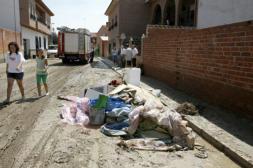 La mitad de las viviendas de Pantoja están afectadas por la tromba de agua Los pueblos que sufrieron el lunes la tormenta de granizo intentan volver a la normalidad