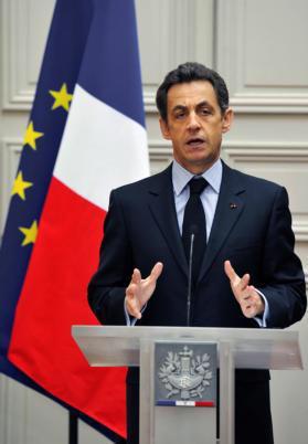 Sarkozy da un ultimátum de seis meses para reformar las pensiones