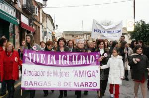 Casi 400 mujeres protagonizan la Marcha por la Igualdad