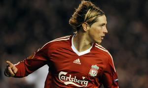Pasa el Liverpool con dos tantos de Torres