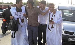 Marruecos libera a tres presos saharauis
