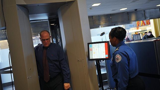 EE.UU. plantea que los controles en aeropuertos varíen para viajeros «de confianza» y «regulares»