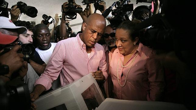El cantante Martelly vence en las elecciones presidenciales de Haití