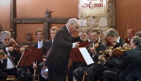 Cálida acogida en la franja palestina a Barenboim y su «Orquesta para Gaza»