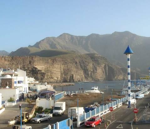 Una huelga deja al puerto de Las Nieves sin seguridad