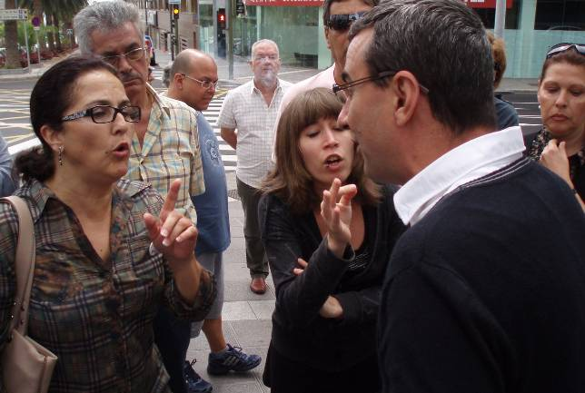 El PSOE ruboriza a la izquierda