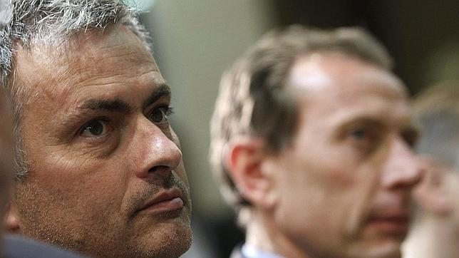 Di Stéfano: «Mourinho defiende y quiere lo mejor para el club»