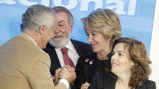 Esperanza Aguirre: «Este Gobierno deja las arcas vacías; no hay dinero para pensiones ni desempleo»