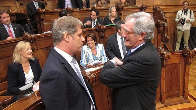 Fernández avisa a Trias: o entra en el gobierno o hará oposición