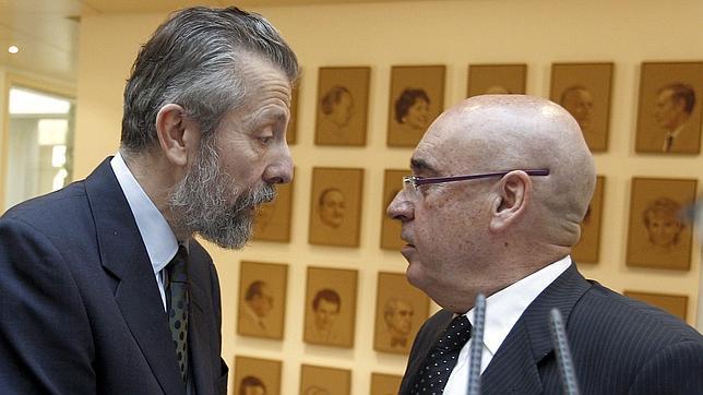 El Senado se gasta 417.000 euros en un cuadro que conmemora la democracia