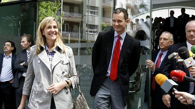 Zarzuela no pone en cuestión que las Infantas y Urdangarín sean Familia Real