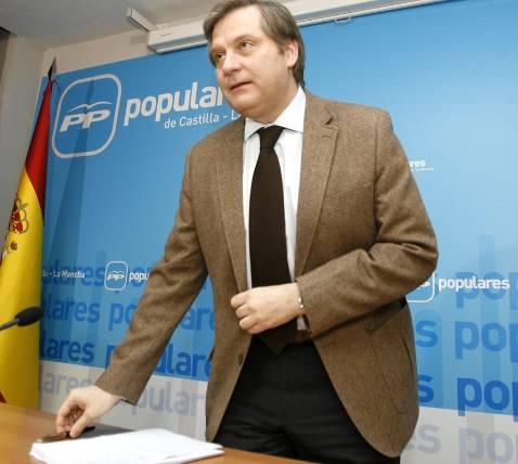 Cañizares: «El PSOE se desmarca de la austeridad como Cameron»