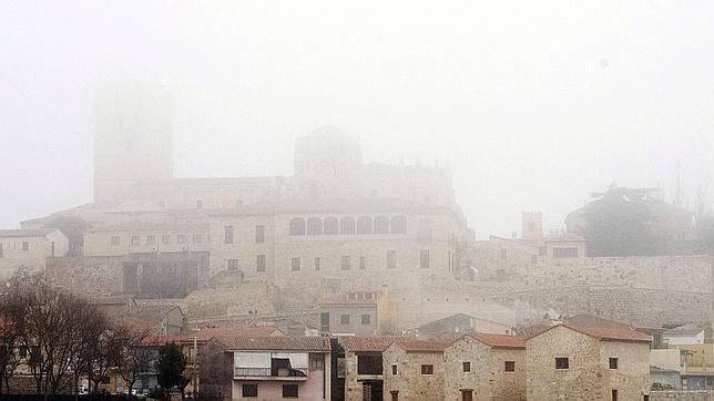 El velo de la niebla «ocultó» gran parte de la Comunidad
