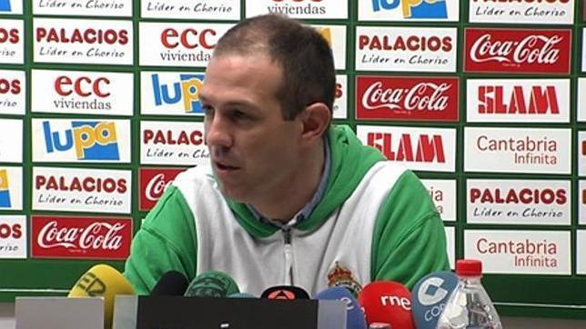 Juanjo González, destituido como entrenador del Racing