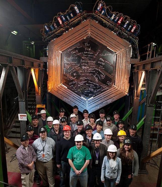 Logran enviar un mensaje en un haz de neutrinos por primera vez