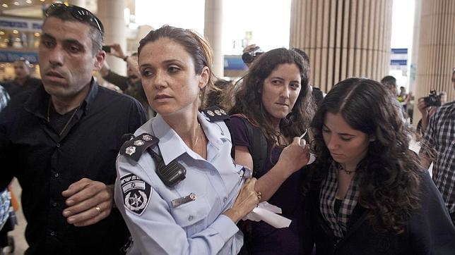 Dos españoles, entre los detenidos en Israel por la campaña «Bienvenidos a Palestina»