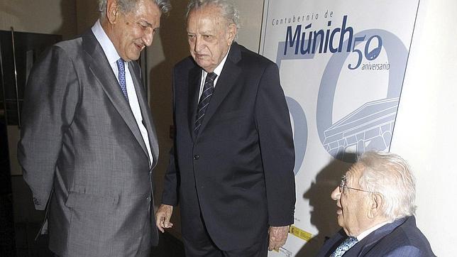 Homenaje del Congreso al «contubernio» que dio los primeros pasos de la transición española