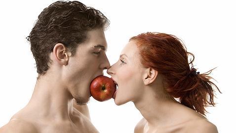 El 54% de los españoles piensa que Internet es uno de los mejores sitios para buscar pareja