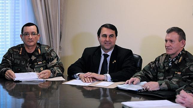 El nuevo presidente paraguayo releva a los jefes del Ejército de Tierra y de la Armada