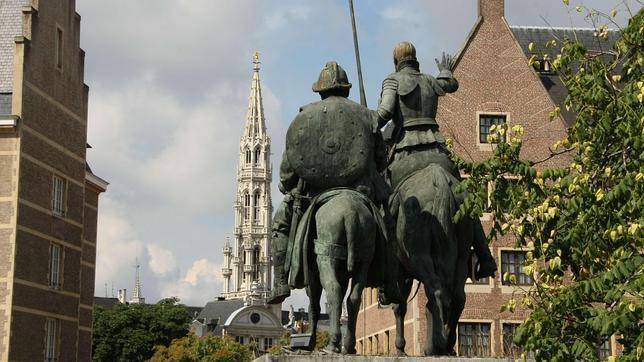 Plazas «de España», fuera de España