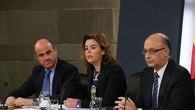 El Gobierno vuelve a aplazar la reforma del sector eléctrico