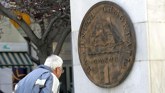 El euro se prepara para la salida de Grecia tras cinco años de crisis