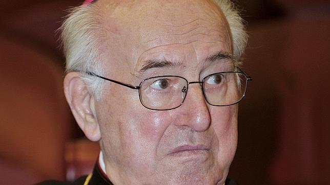 El cardenal Brandmüller denuncia los abusos litúrgicos en nombre del Vaticano II y la retirada del latín y del gregoriano
