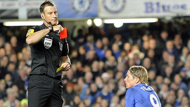 El árbitro Mark Clattenburg, acusado de insultos racistas contra jugadores del Chelsea