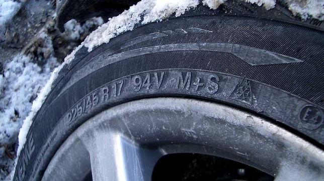 Los neumáticos de invierno reducen el riesgo de accidente un 38%