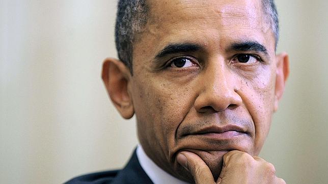 Obama sigue de campaña en Twitter para evitar el «precipicio fiscal»