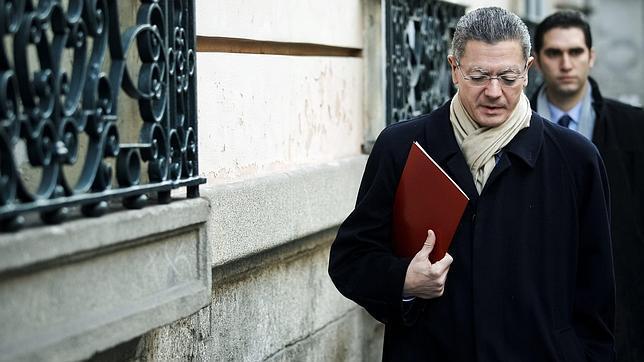 Aumenta la presión sobre Gallardón para rebajar las tasas judiciales
