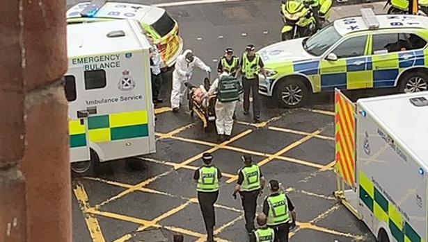 Abatido un atacante en el centro de Glasgow tras acuchillar a seis personas