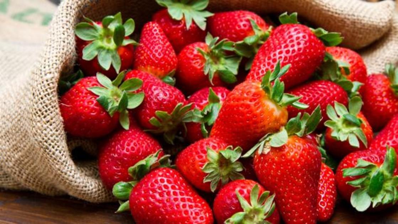 Fresa: beneficios, propiedades y recetas para disfrutar de esta fruta