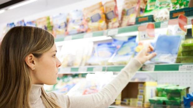 Lo que debes saber antes de usar el móvil para escanear etiquetas en el súper
