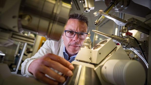 Inventan una molécula que «se come» el plástico