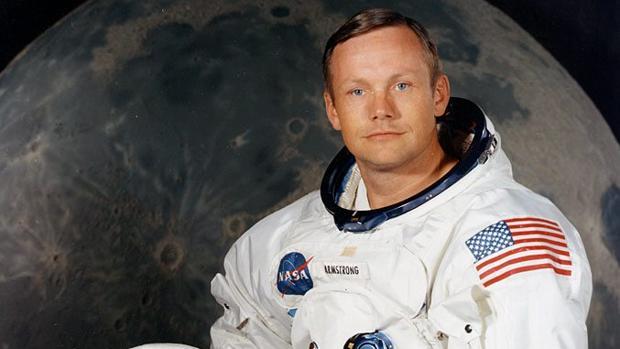 Retrato oficial de Neil Armstrong, en 1968, captado como comandante del Apolo 11