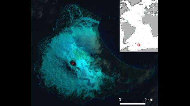 Fotografía en falso color del Monte Miguel. En el centro, se aprecia el lago de lava líquida