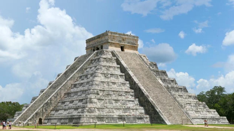 El falso mito de la pacífica civilización maya: también usaron tácticas de guerra total