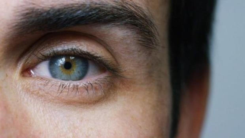 La prueba que dice si mientes solo con mirarte a los ojos