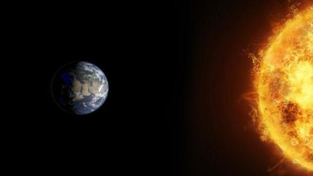 Recreación de la Tierra junto al Sol