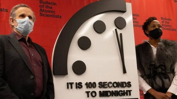 El covid-19 también afecta al Reloj del Juicio Final: estamos a 100 segundos  del apocalipsis