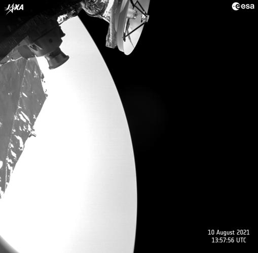 Imagen completa de Venus tomada por BepiColombo