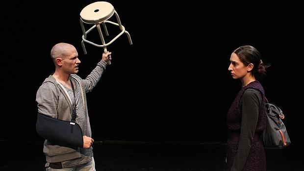 Antonio Zabálburu y Nur Levi, en una escena de la obra