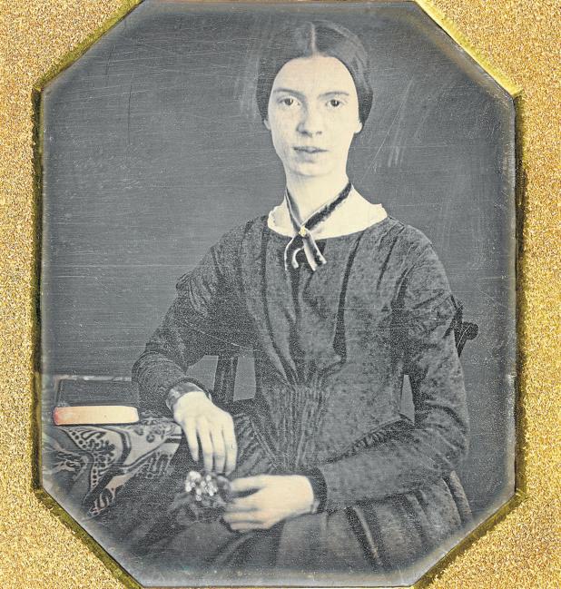 Emily Dickinson: una vida más allá de la reclusión