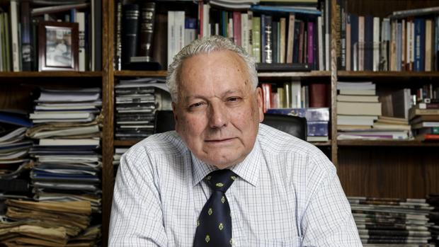 Cristián Zegers, director de «El Mercurio», el periódico más influyente de Chile desde el siglo pasado, recibe el Premio Luca de Tena