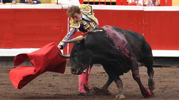 La torera simpatía de Román en Bilbao bilaketarekin bat datozen irudiak