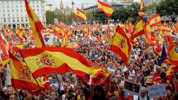 Manifestación antiindependentista del 12 de octubre