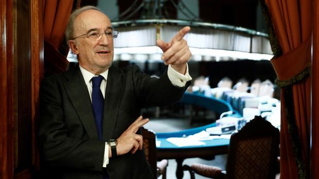 Santiago Muñoz Machado, en la sede de la RAE, tras ser elegido director de la magna institución