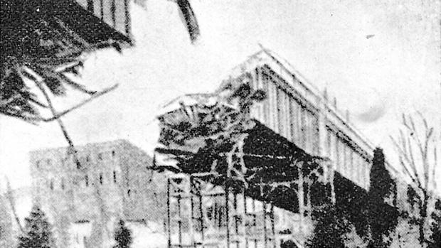 En 1905 apareció la primera inocentada en ABC: la destrucción del viaducto de la calle Segovia, en Madrid