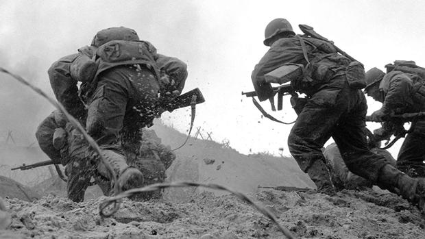Spielberg y el frenesí en el arranque de «Salvar al soldado Ryan»